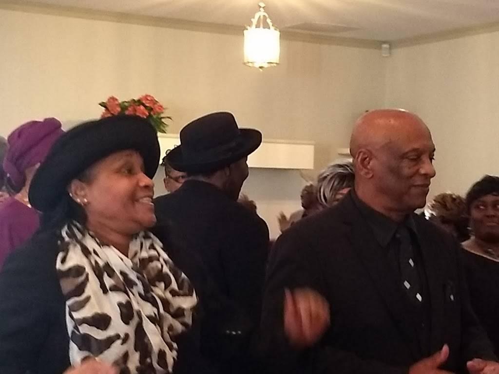 Rehoboth Baptist Church - church  | Photo 5 of 6 | Address: 182 S Birdneck Rd, Virginia Beach, VA 23451, USA | Phone: (757) 425-5225