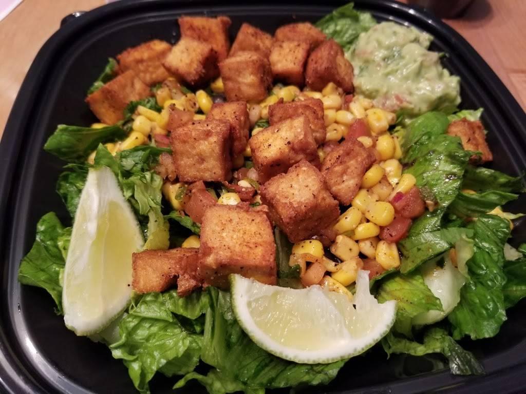 Salsa Grille Northeast - restaurant  | Photo 9 of 10 | Address: 5709 YMCA Park Drive East, Fort Wayne, IN 46835, USA | Phone: (260) 492-9661