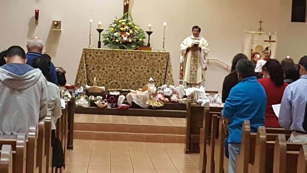 Santa Maria Virgen Episcopal Church - church    Photo 4 of 10   Address: 9600 Huntington Pl Dr, Houston, TX 77099, USA   Phone: (281) 879-6000