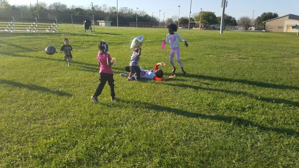 Sunnyside Park - park    Photo 5 of 10   Address: 3502 Bellfort St, Houston, TX 77051, USA   Phone: (832) 395-7586