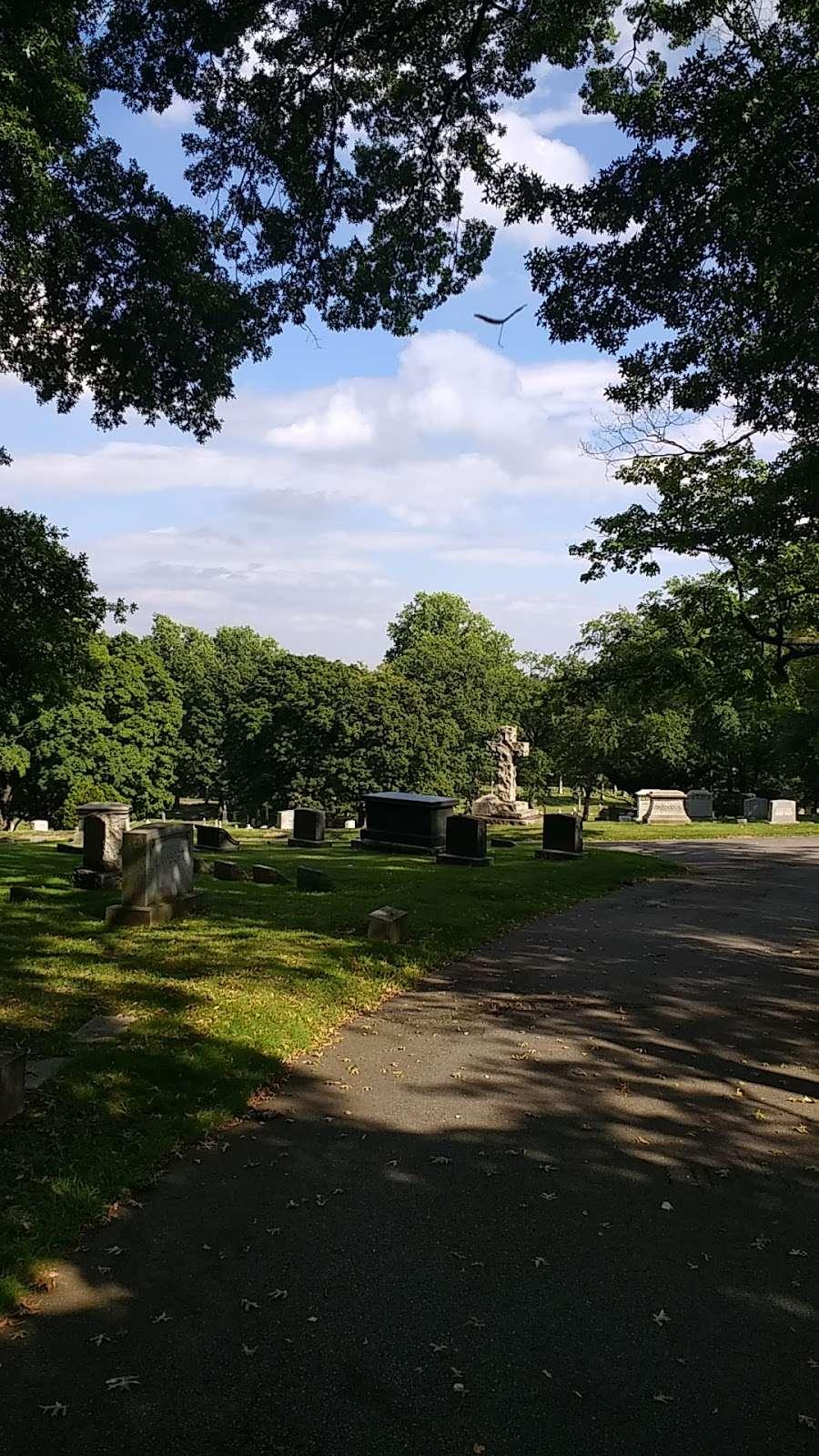 Cedar Lawn Cemetery - cemetery  | Photo 10 of 10 | Address: 200 McLean Blvd, Paterson, NJ 07504, USA | Phone: (973) 279-1161