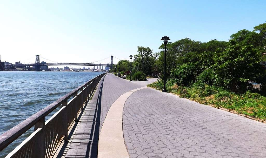 East River Promenade - park    Photo 2 of 10   Address: East River Promenade, New York, NY 10002, USA
