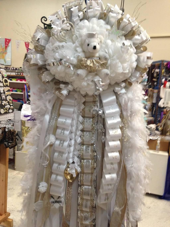 Spotlight Homecoming Mums - store  | Photo 4 of 7 | Address: 10381 Alta Vista Rd #129, Fort Worth, TX 76244, USA | Phone: (940) 389-8852