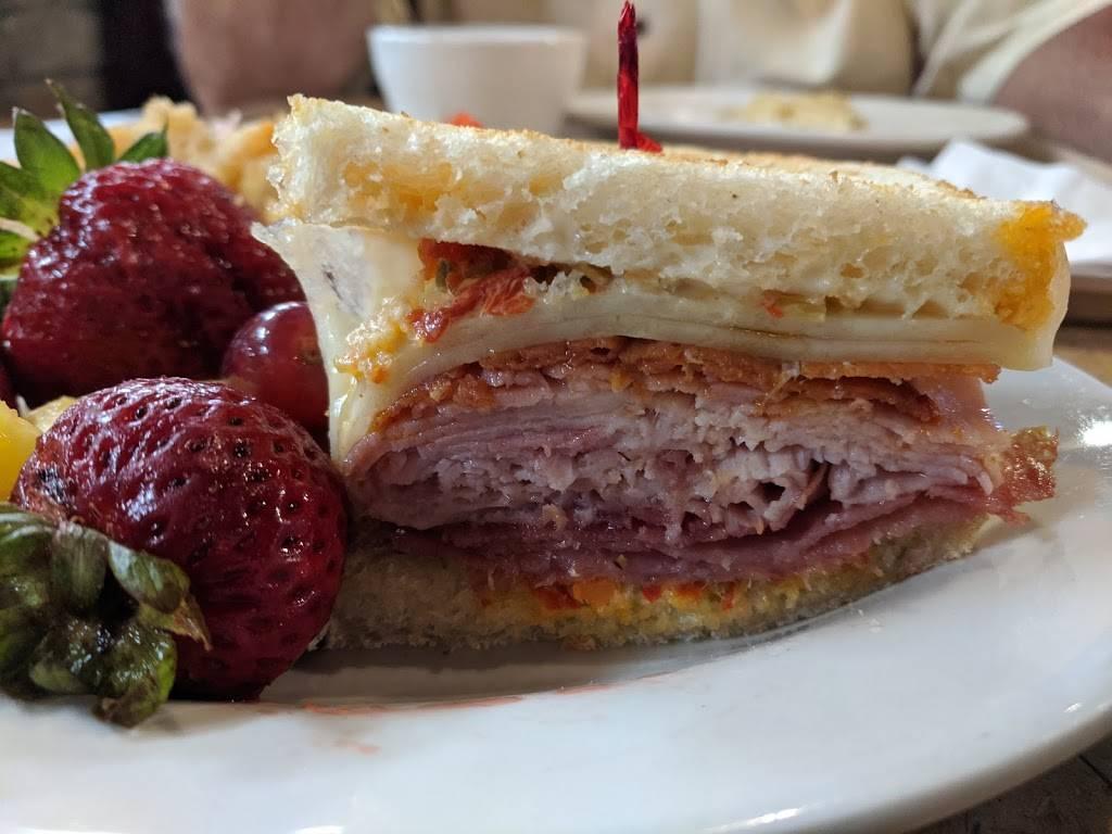 Jasons Deli - restaurant  | Photo 4 of 6 | Address: 3065 Mallory Ln, Franklin, TN 37067, USA | Phone: (615) 771-2626