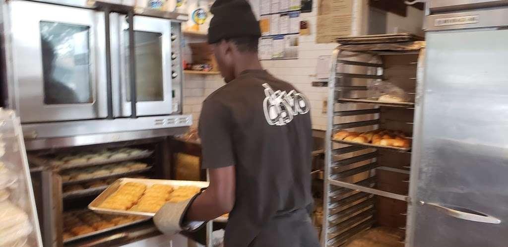 La Baguette Shop - bakery  | Photo 4 of 10 | Address: 1836 Rockaway Pkwy, Brooklyn, NY 11236, USA | Phone: (718) 758-4330