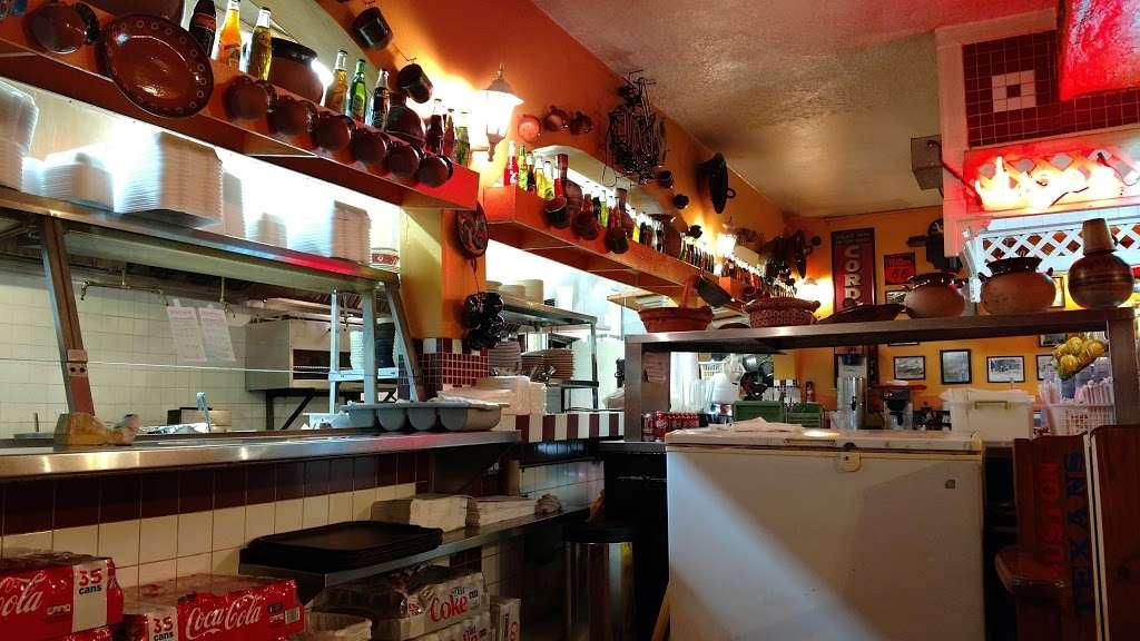 Gorditas Aguascalientes - restaurant  | Photo 1 of 10 | Address: 3810 Irvington Blvd, Houston, TX 77009, USA | Phone: (713) 697-7888