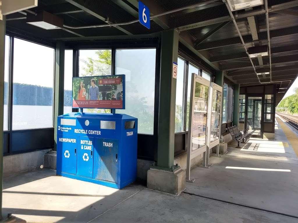 Greystone - train station  | Photo 1 of 10 | Address: Yonkers, NY 10701, USA