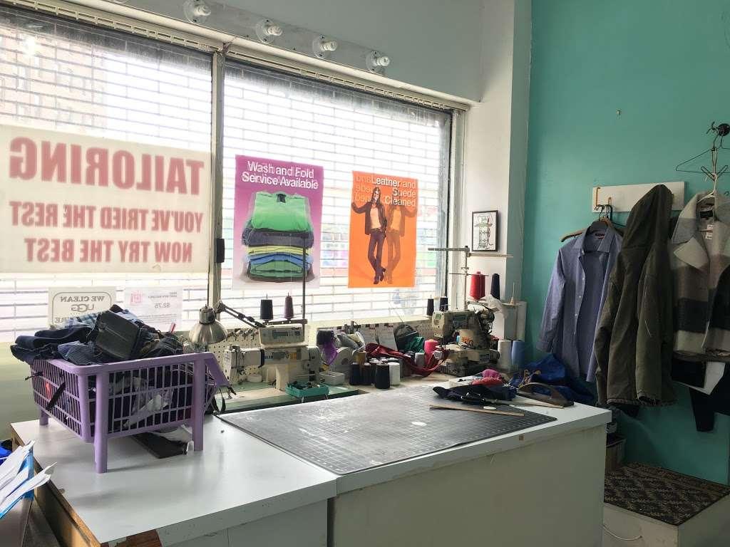 KingsBay Laundromat - laundry  | Photo 5 of 9 | Address: 6900 Bay Pkwy, Brooklyn, NY 11204, USA | Phone: (718) 837-4947