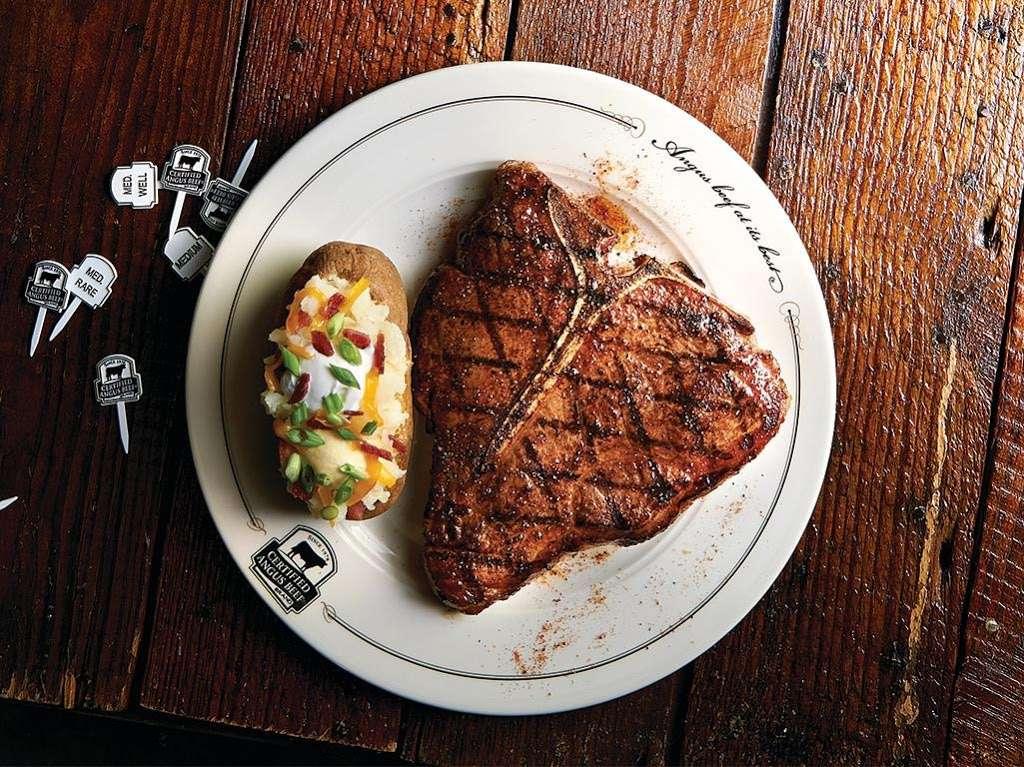 Saltgrass Steak House - restaurant  | Photo 4 of 10 | Address: 14909 I-45 North, Houston, TX 77090, USA | Phone: (281) 872-4545