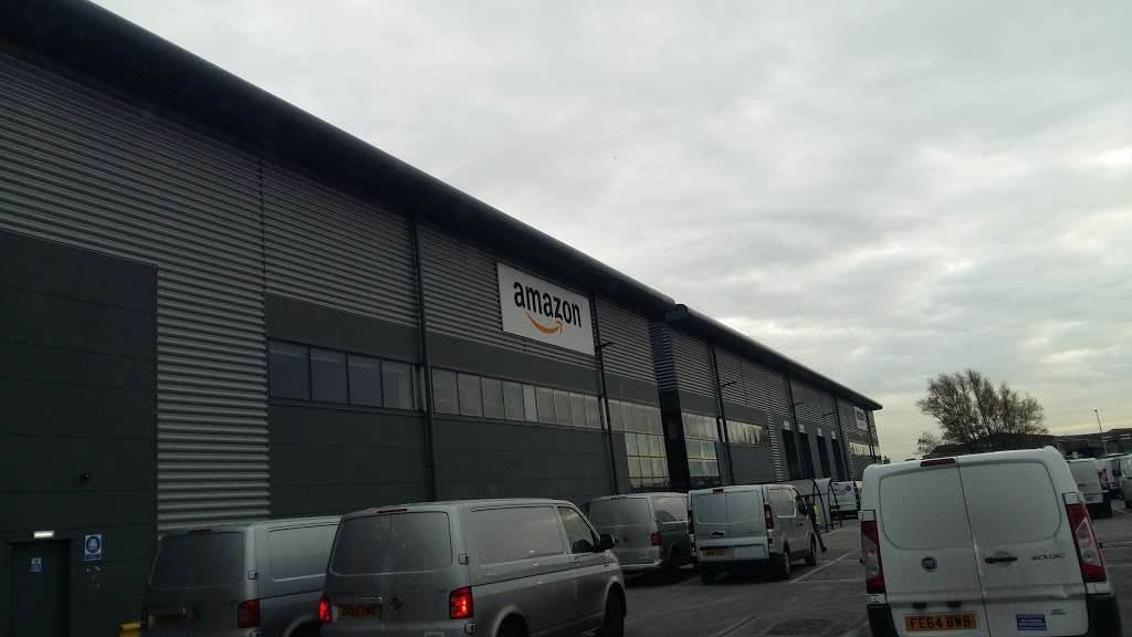 DBR1 Amazon Warehouse - storage    Photo 9 of 10   Address: 7 Crabtree Manorway N, Belvedere DA17 6AS, UK   Phone: 07468 087576