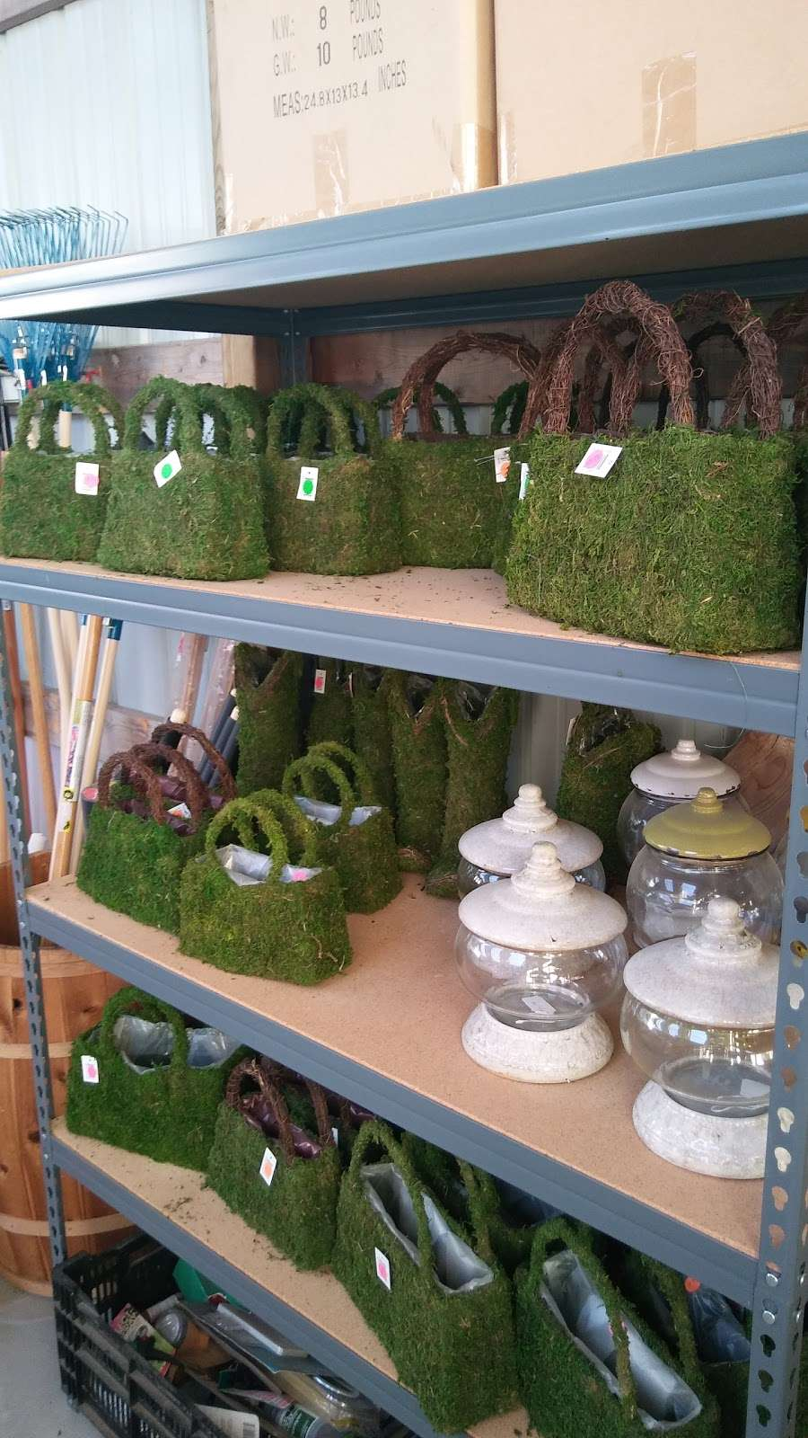 Hahns Greenhouse - store  | Photo 1 of 6 | Address: 2132 N Sage Rd, Walkerton, IN 46574, USA | Phone: (574) 586-3097