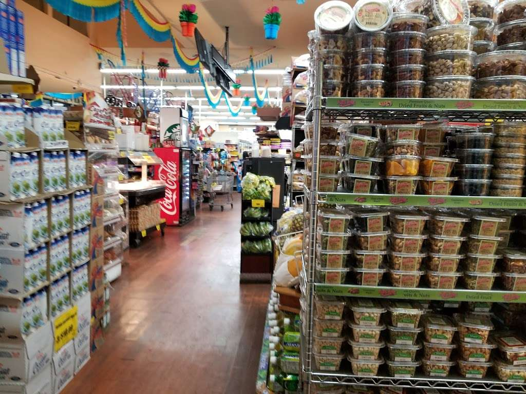 Food Universe Marketplace - supermarket  | Photo 1 of 10 | Address: 416 Crescent St, Brooklyn, NY 11208, USA | Phone: (718) 827-1091