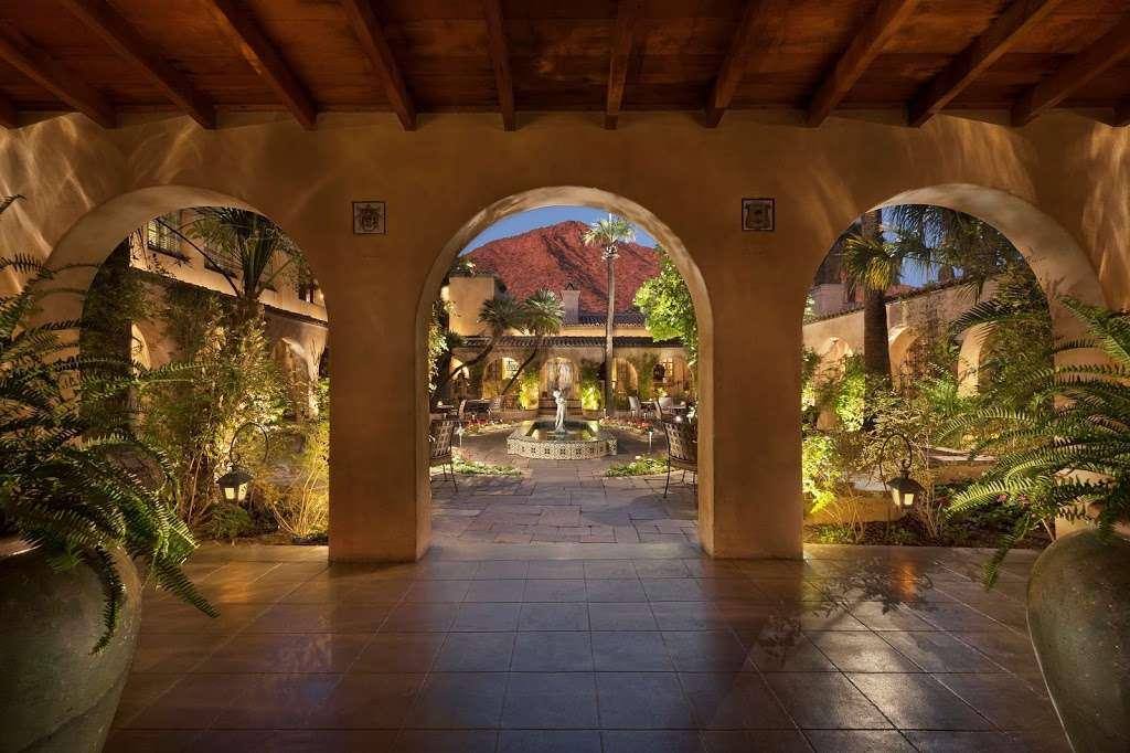 Royal Palms Resort and Spa - lodging  | Photo 8 of 10 | Address: 5200 E Camelback Rd, Phoenix, AZ 85018, USA | Phone: (602) 283-1234