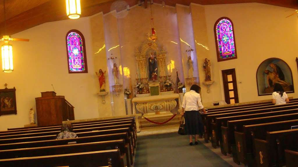 Our Lady of Sorrows Church - church    Photo 3 of 10   Address: 750 E Baseline Rd, Phoenix, AZ 85042, USA   Phone: (602) 268-7673
