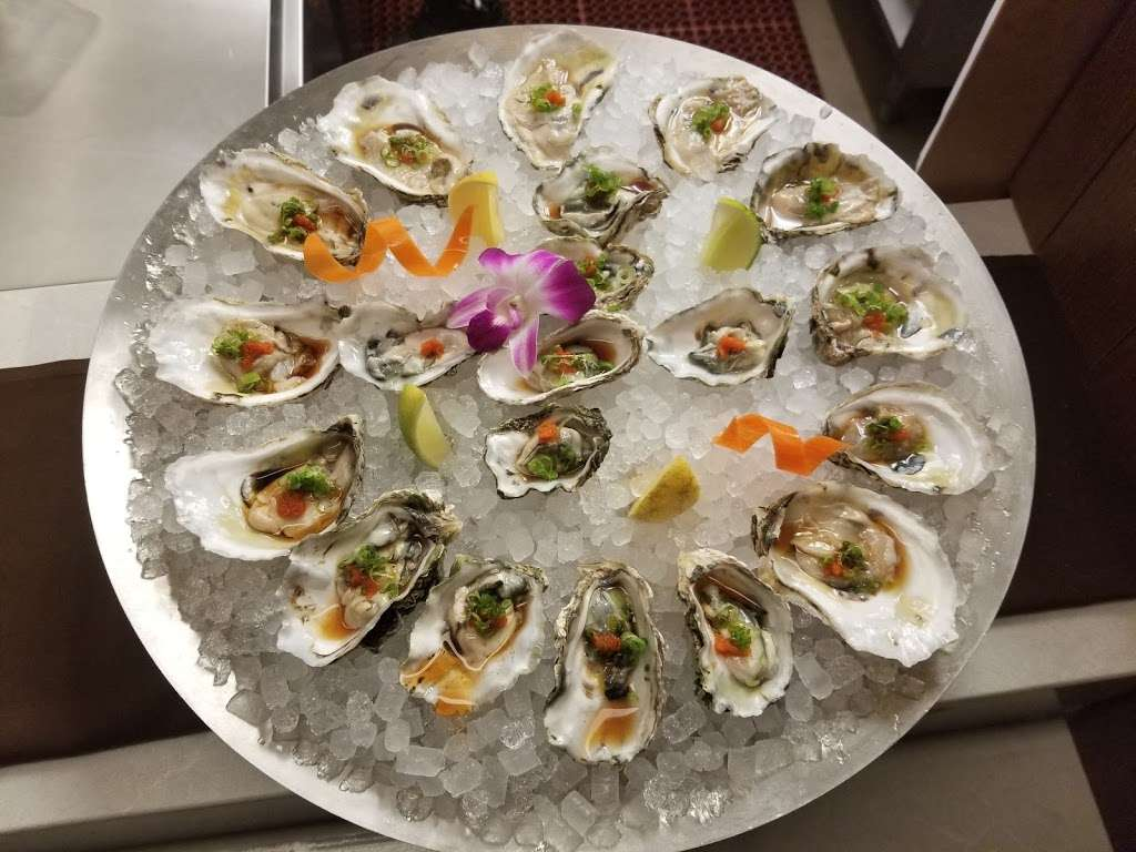 Bluefin Eagleview - restaurant    Photo 8 of 10   Address: 555 Wellington Square, Exton, PA 19341, USA   Phone: (610) 458-3234