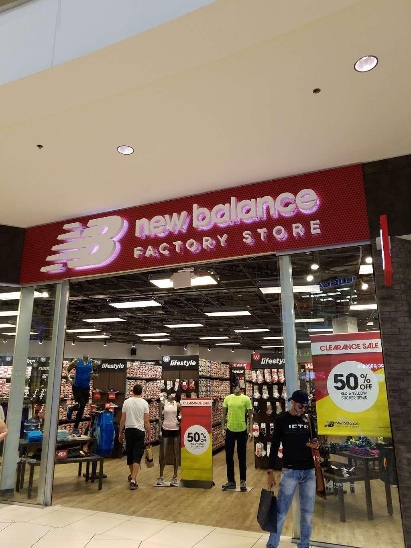 new balance jersey gardens mall