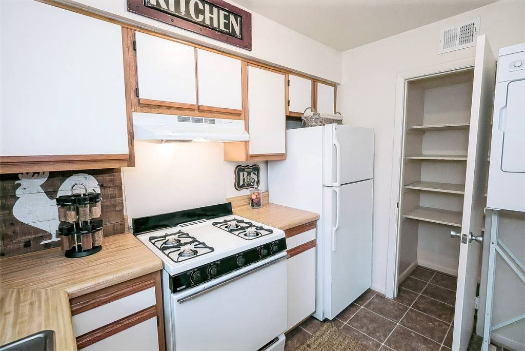 Edgefield Apartments - real estate agency  | Photo 9 of 9 | Address: 5699 Craneybrook Ln, Portsmouth, VA 23703, USA | Phone: (757) 379-8332