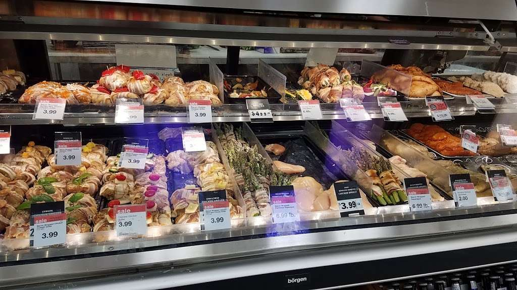 Hy-Vee - supermarket  | Photo 6 of 10 | Address: 310 SW Ward Rd, Lees Summit, MO 64081, USA | Phone: (816) 554-2200
