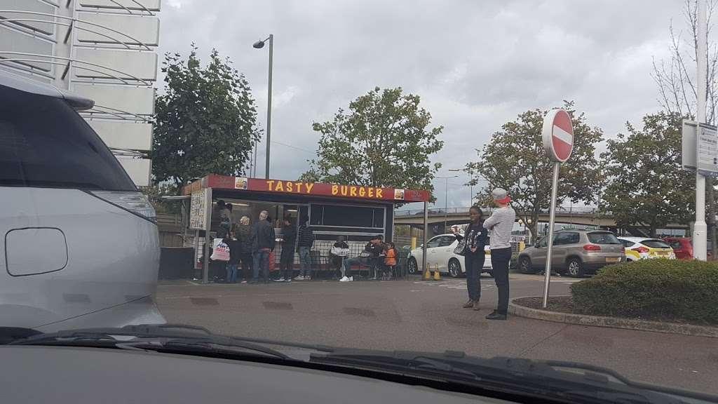 Tasty burgers - meal takeaway  | Photo 4 of 4 | Address: 1LJ, Tilling Rd, London NW2 1LJ, UK