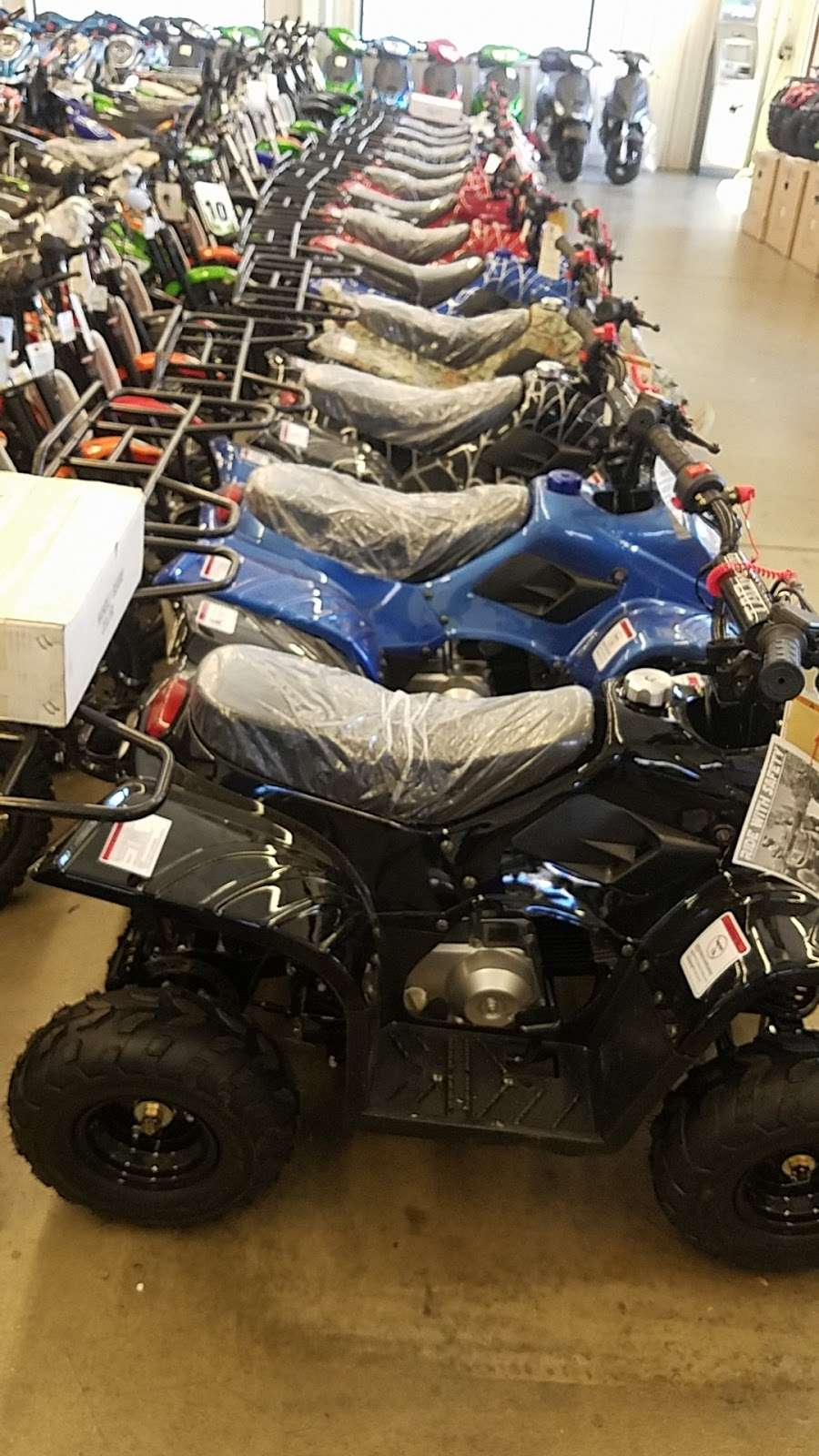 Atv Distributor LLC - store  | Photo 8 of 10 | Address: 7007 E 88th Ave J2, Henderson, CO 80640, USA | Phone: (720) 394-0414