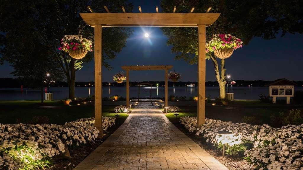 Lake Lawn Resort - spa  | Photo 1 of 10 | Address: 2400 Geneva St, Delavan, WI 53115, USA | Phone: (262) 728-7950
