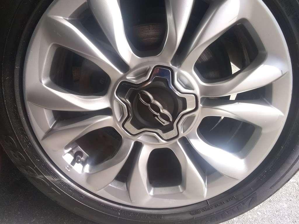 American Car Center - Lakeland, FL - car dealer  | Photo 8 of 10 | Address: 2725 US Hwy 98 N, Lakeland, FL 33805, USA | Phone: (863) 581-8290