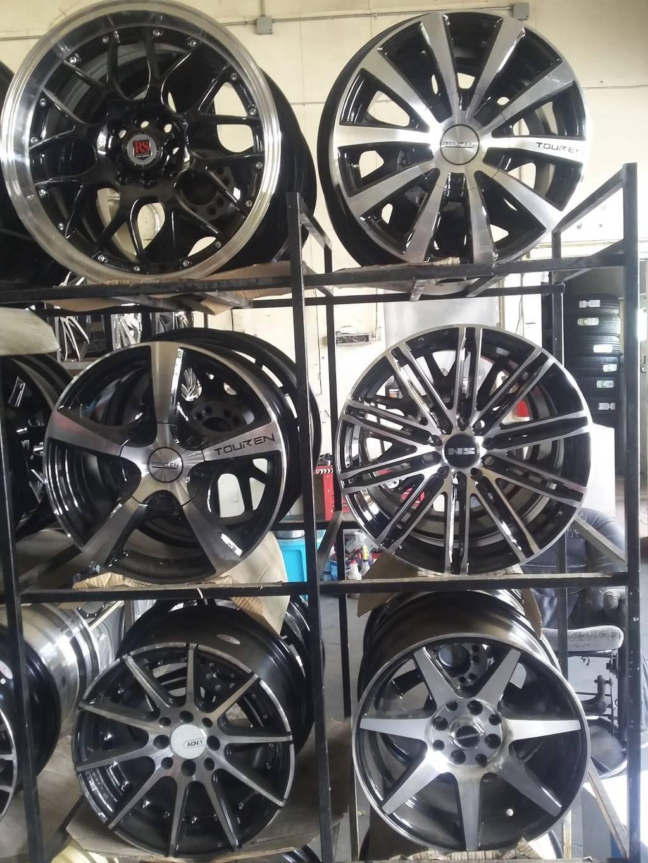 Prime Tire & Wheels - car repair  | Photo 9 of 10 | Address: 1325 S Center St, Stockton, CA 95206, USA | Phone: (209) 464-8473