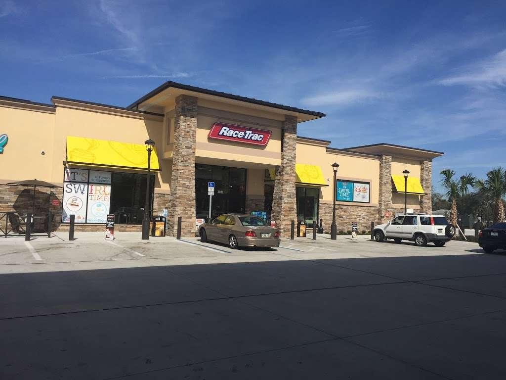 RaceTrac - gas station  | Photo 7 of 10 | Address: 2001 Saxon Blvd, Deltona, FL 32725, USA | Phone: (386) 561-2081