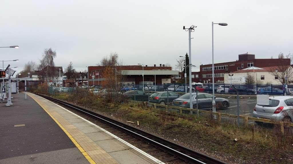 Petts Wood Station Car Park - parking  | Photo 2 of 2 | Address: Station Square, London BR5 1NA, UK
