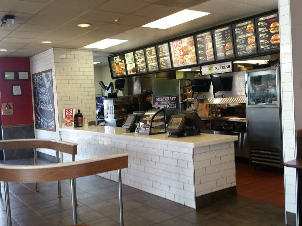 Arbys - restaurant  | Photo 3 of 9 | Address: 935 E Hwy 131, Clarksville, IN 47129, USA | Phone: (812) 288-7675