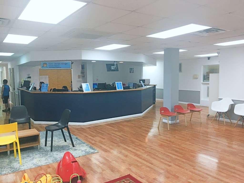 Kids Dental Village Empowered by hellosmile - dentist  | Photo 7 of 10 | Address: 3905 61st St, Woodside, NY 11377, USA | Phone: (718) 577-5069