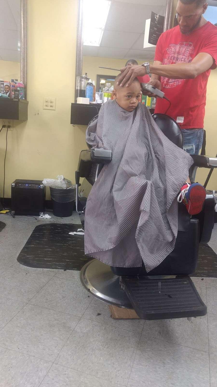 Headliner LLC - hair care  | Photo 1 of 6 | Address: 1551 Springfield Ave, Maplewood, NJ 07040, USA | Phone: (973) 378-5941
