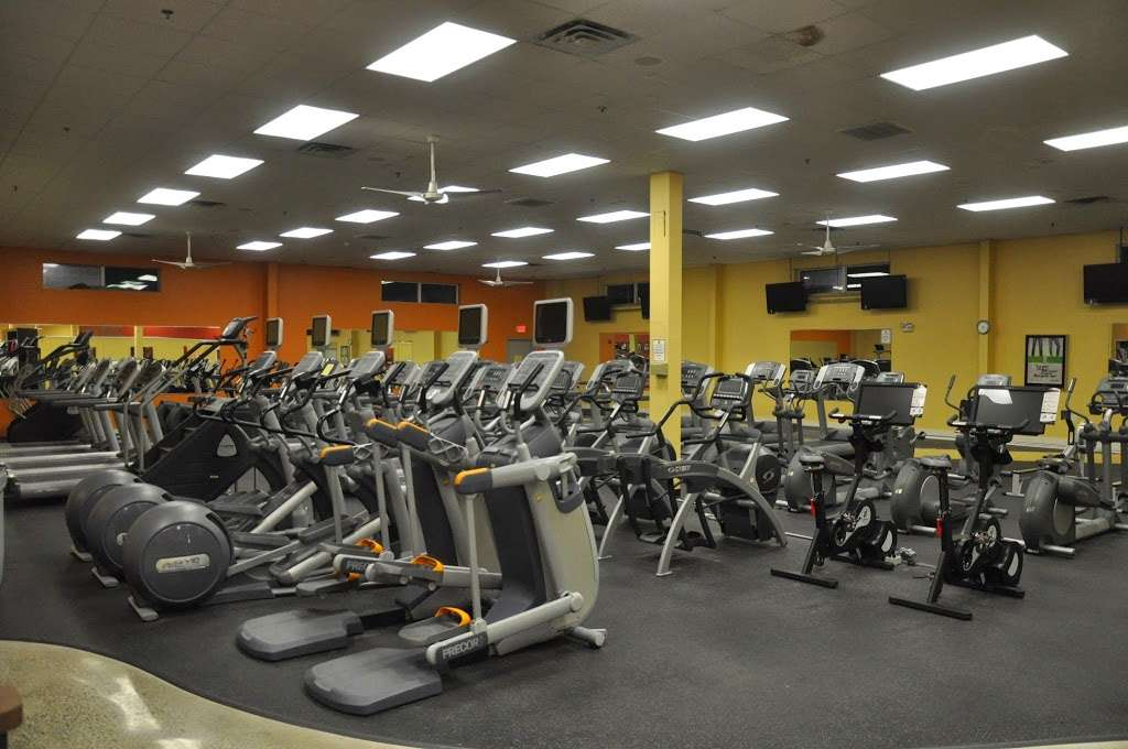 gold s gym 314 e main st 4 norton ma 02766 usa norton ma 02766 usa