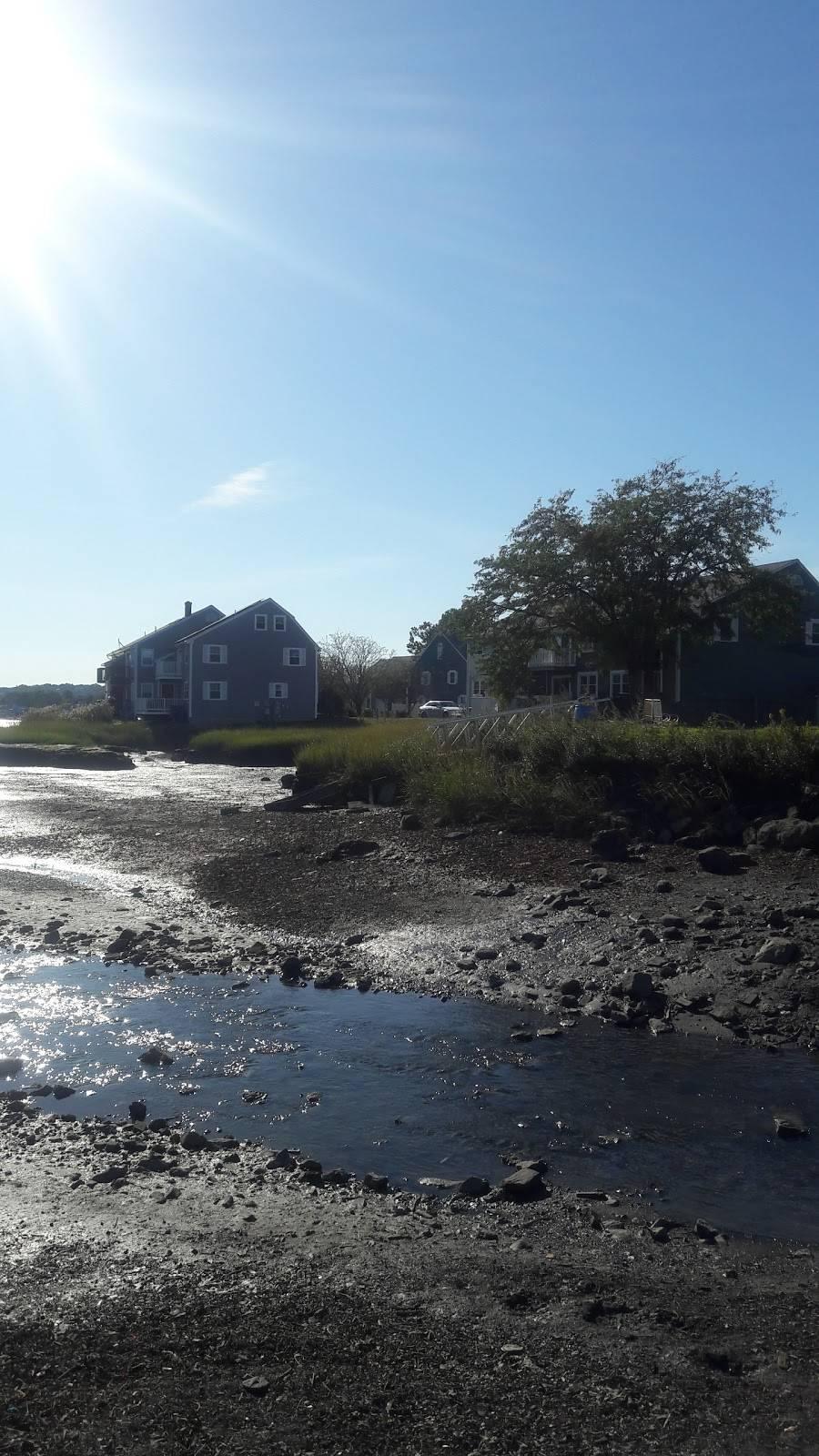 G.E.A.A. Field - park  | Photo 2 of 10 | Address: Summer St, Lynn, MA 01905, USA | Phone: (781) 268-8000