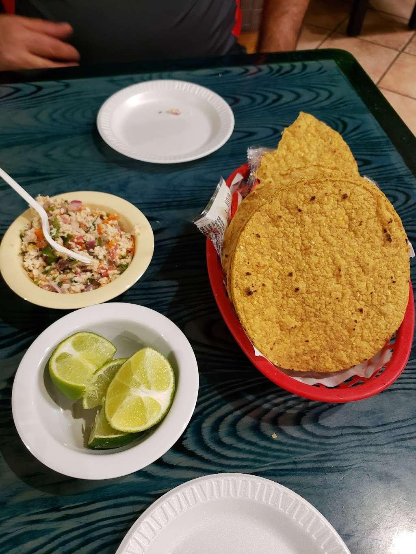 Las Islitas Mariscos Estilo Nayarit - restaurant  | Photo 10 of 10 | Address: 4610 Farm to Market 1960 Rd W P, Houston, TX 77069, USA | Phone: (281) 781-7336