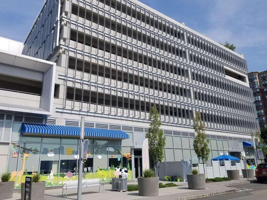 SP+ Parking - parking  | Photo 1 of 5 | Address: 165 Port Imperial Blvd, Weehawken, NJ 07086, USA | Phone: (800) 836-6666