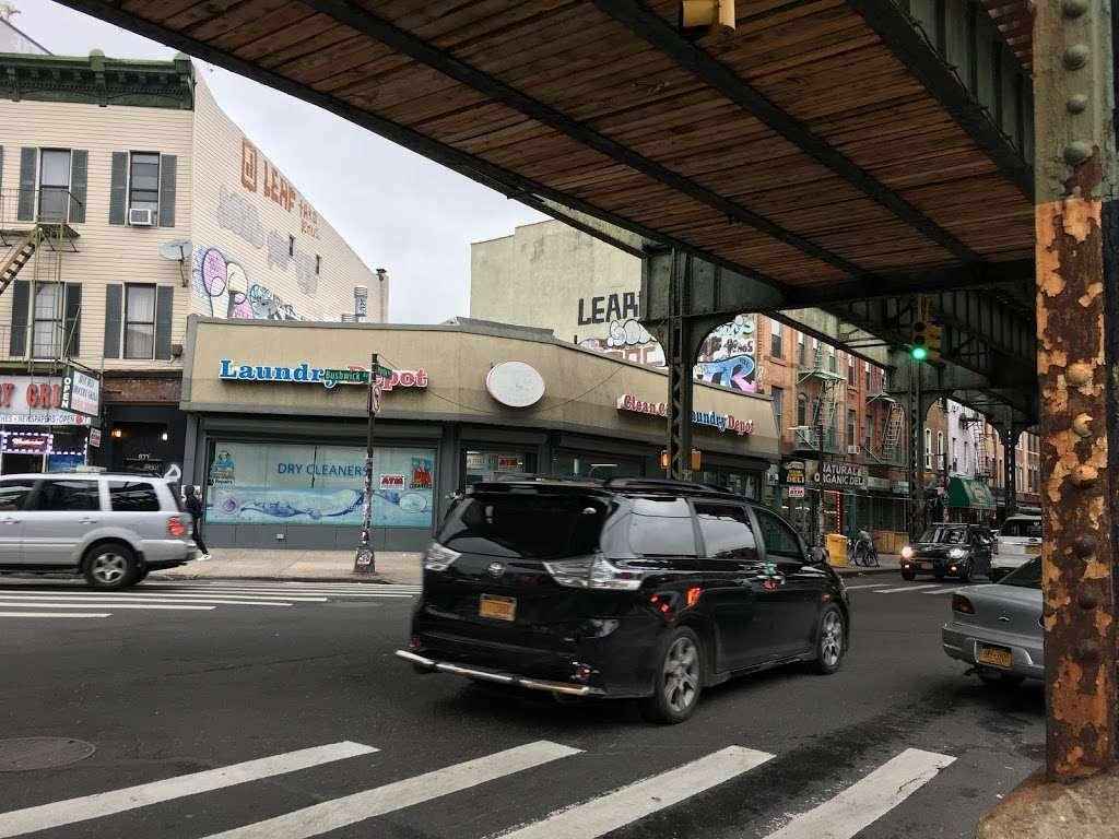 Clean City Laundry - laundry  | Photo 3 of 7 | Address: 673 Bushwick Ave, Brooklyn, NY 11221, USA | Phone: (718) 443-8888