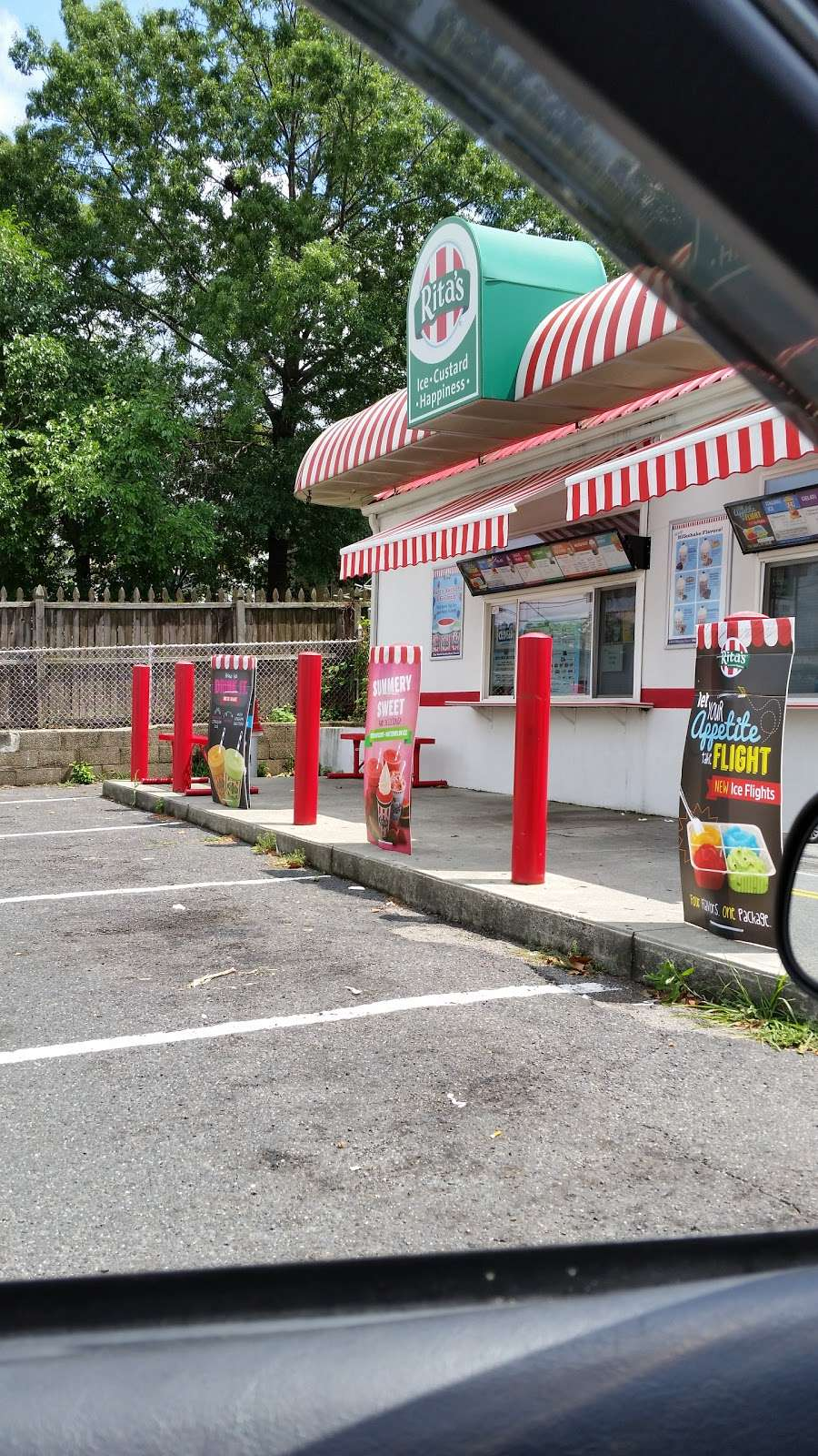 Ritas Italian Ice - store    Photo 1 of 10   Address: 50 River Rd, North Arlington, NJ 07031, USA   Phone: (201) 428-1356