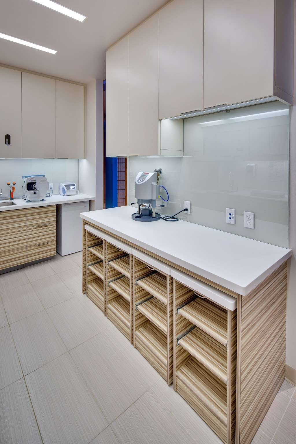 Encore Dental - dentist  | Photo 10 of 10 | Address: 6040 Main St, American Canyon, CA 94503, USA | Phone: (707) 562-4090