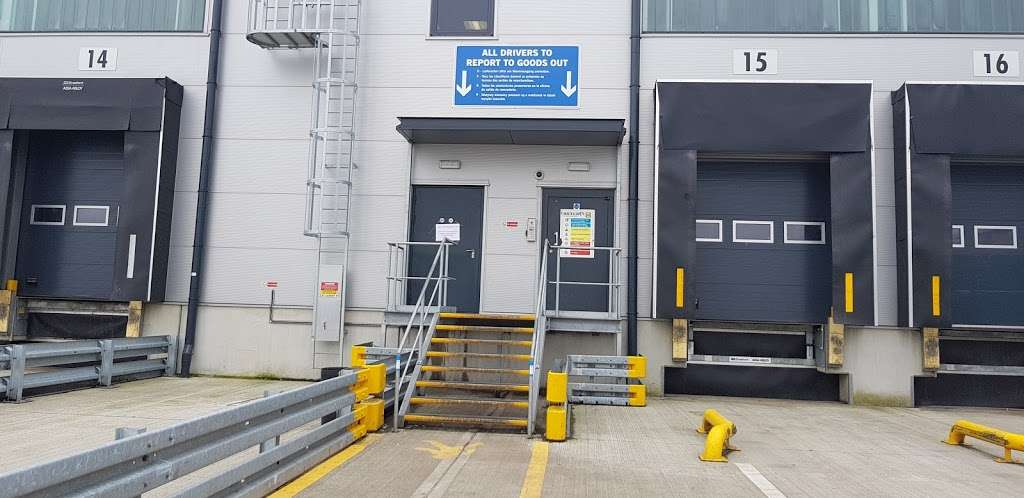 Lidl Northfleet Regional Distribution Centre (RDC) - storage  | Photo 1 of 10 | Address: Crete Hall Rd, Northfleet, Gravesend DA11 9BU, UK | Phone: 0800 977 7766