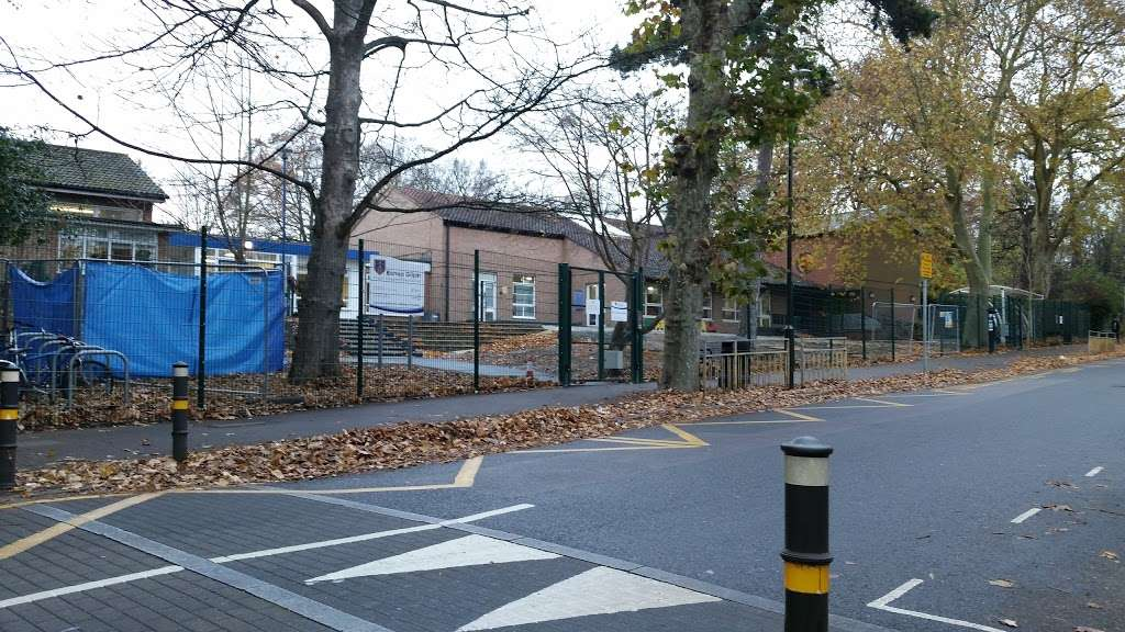 Bishop Gilpin C of E Primary School - school    Photo 3 of 3   Address: Lake Rd, Wimbledon, London SW19 7EP, UK   Phone: 020 8946 6666