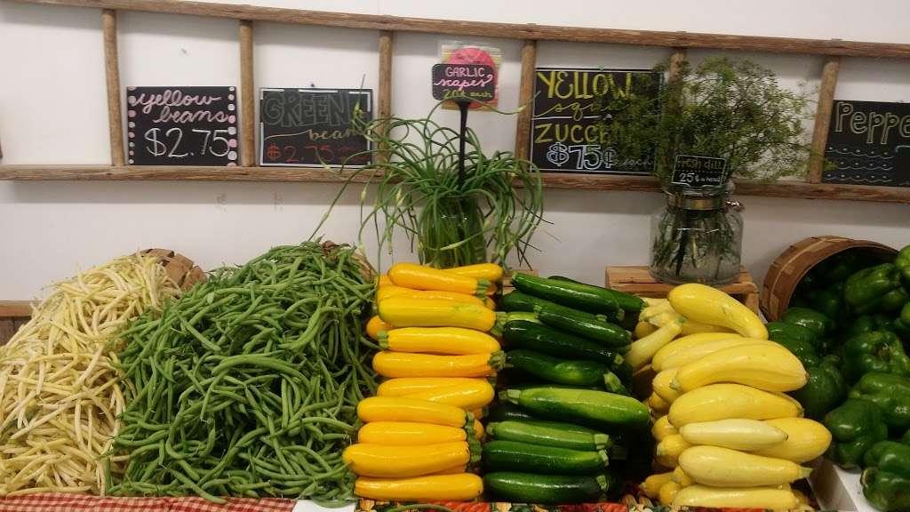 Hess Orchards - store  | Photo 2 of 10 | Address: 3793, 3979 Wayne Rd, Chambersburg, PA 17202, USA | Phone: (717) 264-8872