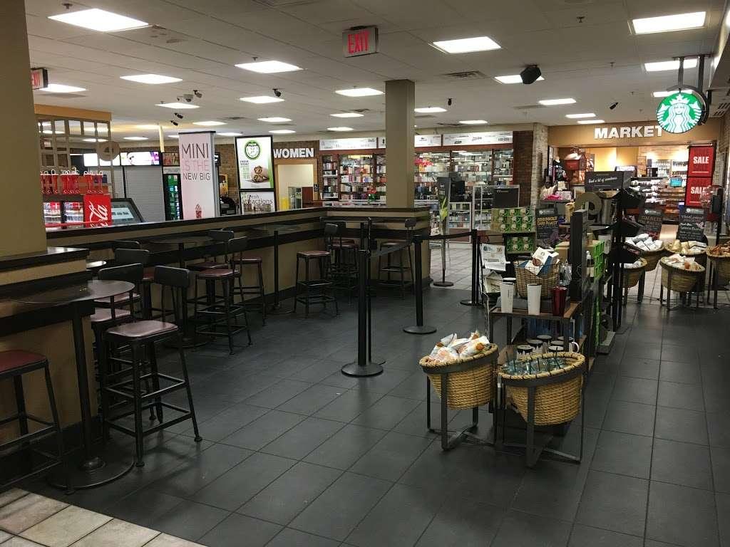 Starbucks - cafe  | Photo 8 of 10 | Address: NJ Tpke, Ridgefield, NJ 07657, USA | Phone: (201) 943-1171