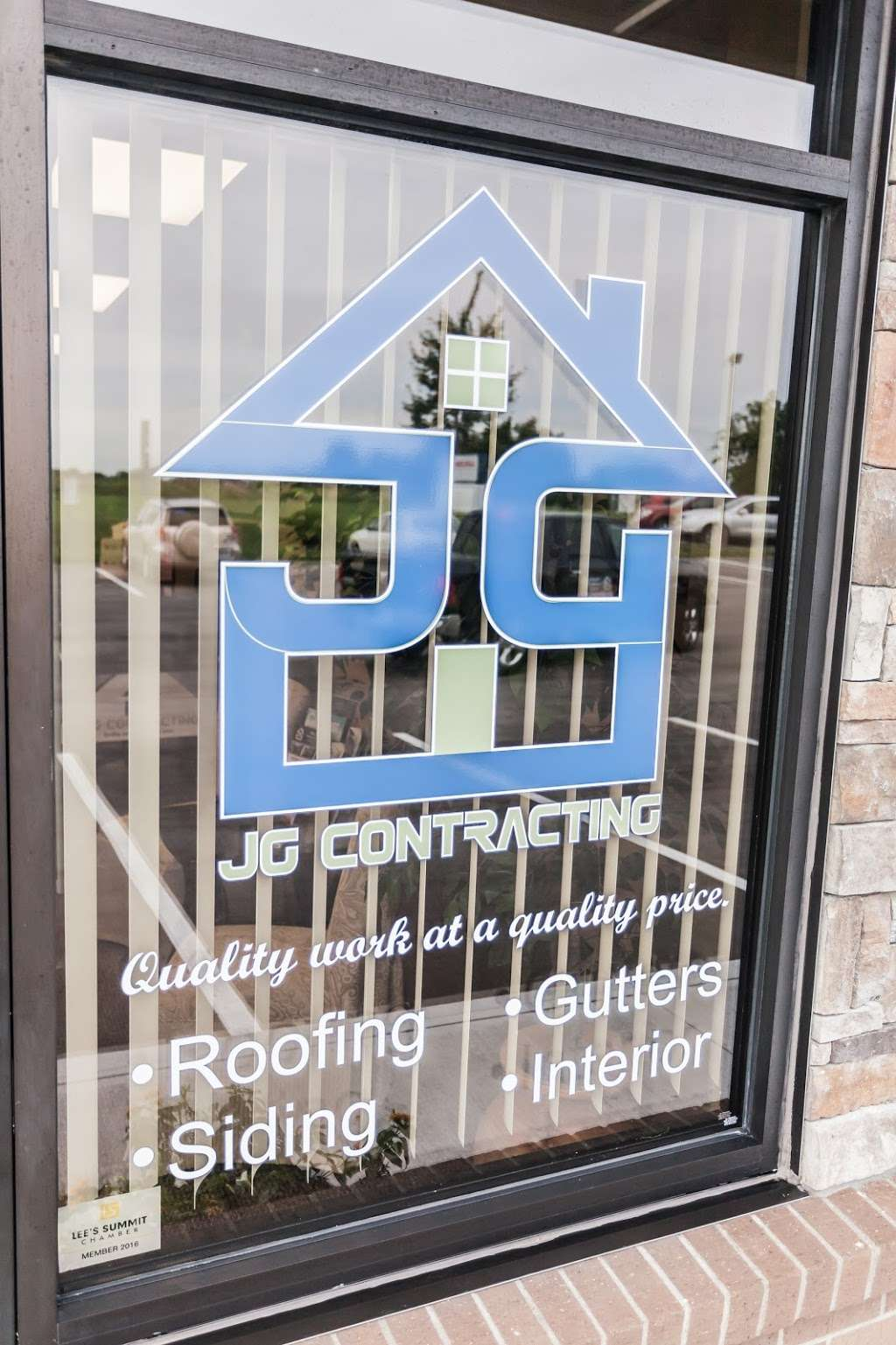 JG Contracting - Lees Summit - roofing contractor  | Photo 8 of 10 | Address: 833 NE Lakewood Blvd, Lees Summit, MO 64064, USA | Phone: (855) 475-7663