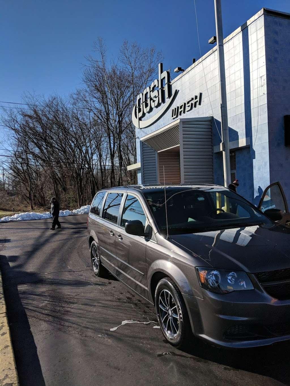 Posh Car Wash & Express Lube - car wash  | Photo 7 of 10 | Address: 400 S White Horse Pike, Stratford, NJ 08084, USA | Phone: (856) 784-2323