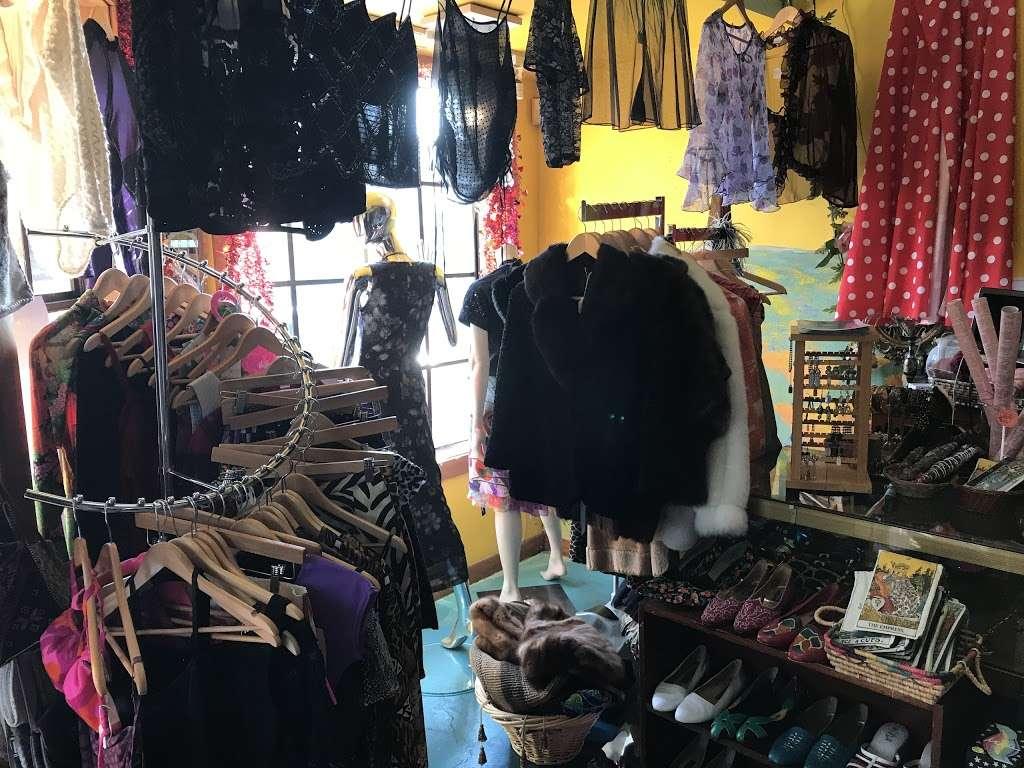 Empress Vintage - clothing store    Photo 6 of 10   Address: 1757 Alcatraz Ave, Berkeley, CA 94703, USA   Phone: (510) 542-6196