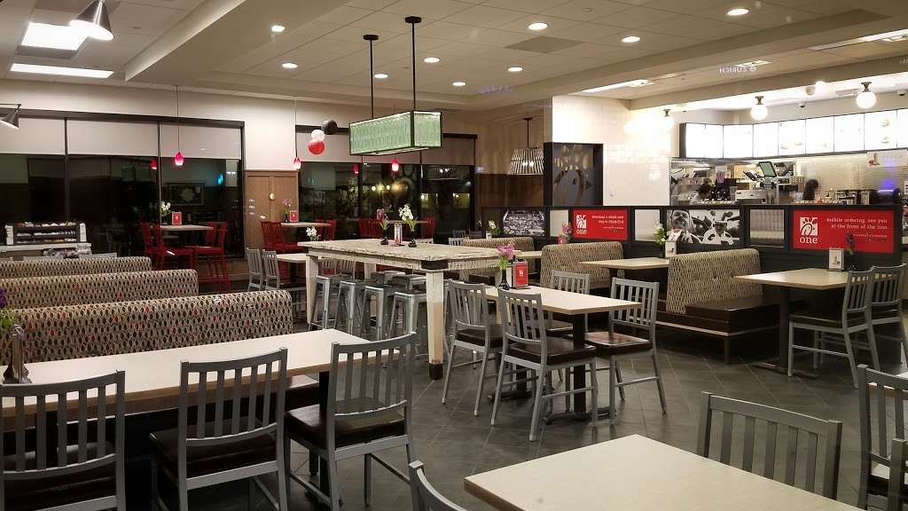 Chick-fil-A - restaurant  | Photo 6 of 10 | Address: 15235 Montfort Dr, Dallas, TX 75248, USA | Phone: (972) 385-9449