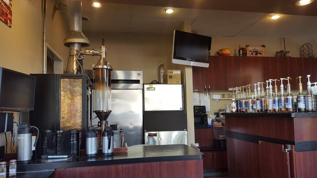 Javatinis Espresso & Gelato - cafe  | Photo 7 of 9 | Address: 148 Main St, Seal Beach, CA 90740, USA | Phone: (562) 626-8202