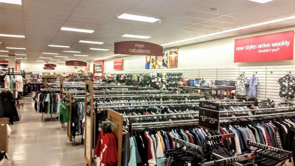 T.J. Maxx - department store  | Photo 10 of 10 | Address: 21 Mill Creek Dr, Secaucus, NJ 07094, USA | Phone: (201) 866-6279