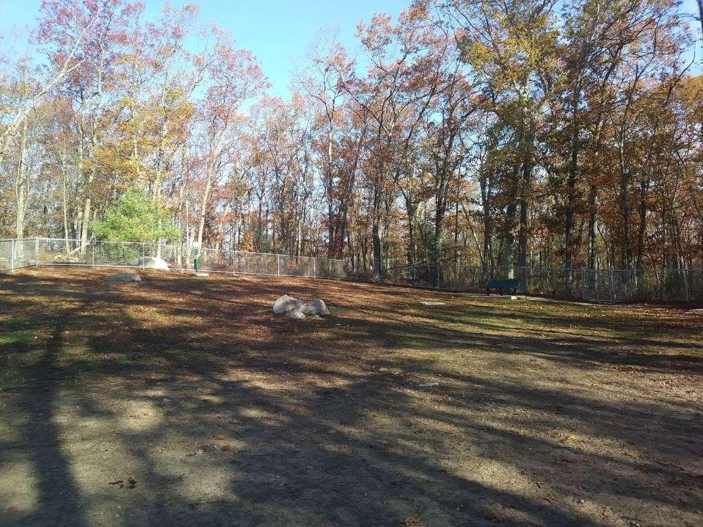 Wood Lake Park - park  | Photo 2 of 10 | Address: 103 Reservoir Ave, Johnston, RI 02919, USA